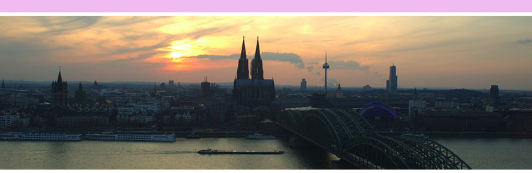 Panorama with a view from the K�lnTrianglePanorama of Cologne at dusk
